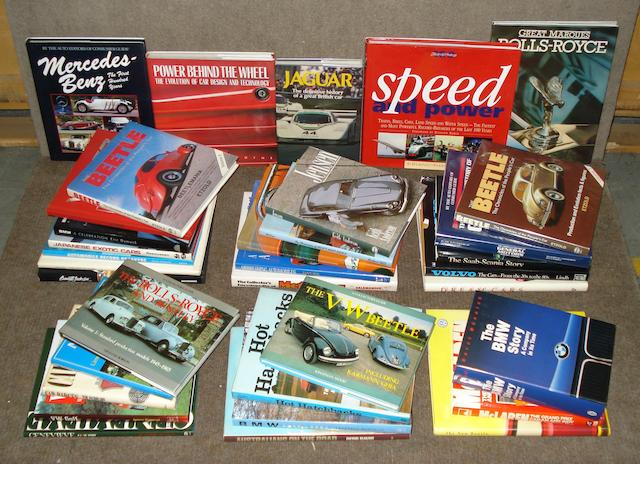 A good quantity of assorted motoring books,