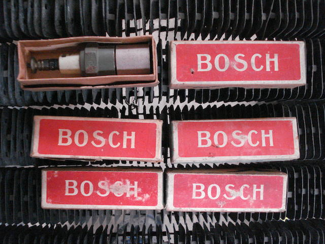 Six Bosch spark plugs,