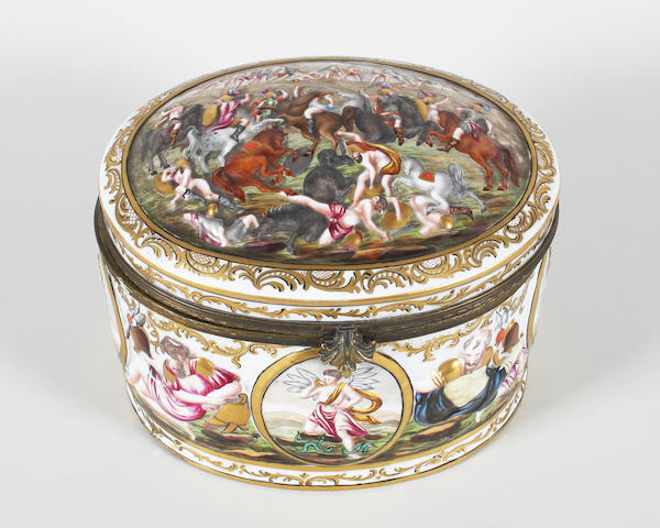A Capodimonte style large oval box and cover Early 20th Century.