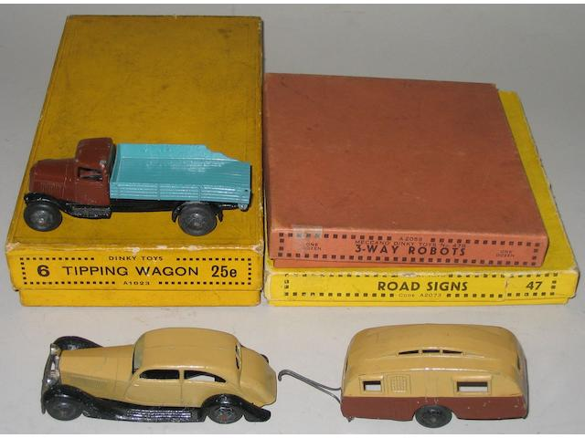 Dinky (pre-war) Trade box for Six 25e Tipping wagons