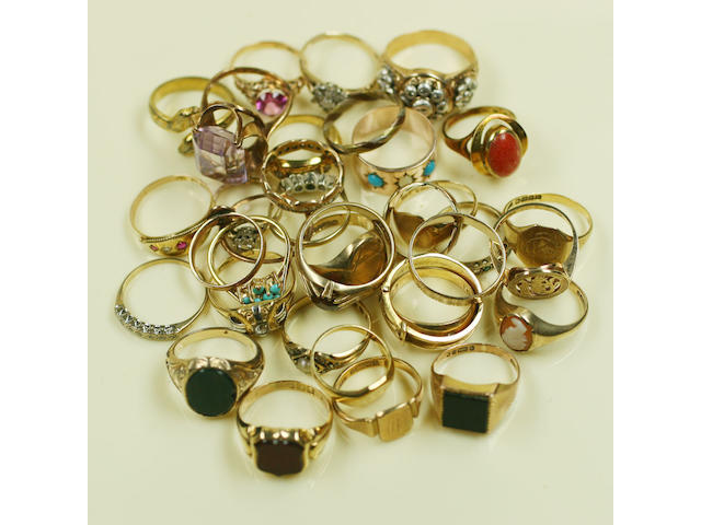 A large collection of rings, (quantity)