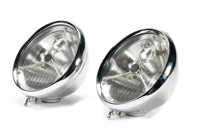 P100 DB 'bullseye' headlamps,
