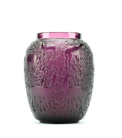 A laliqué Biches vase Circa 1930