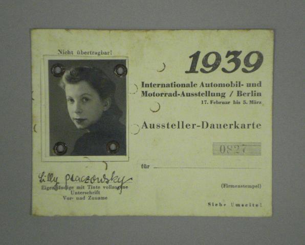 A 1939 Berlin Motor Show official press pass,