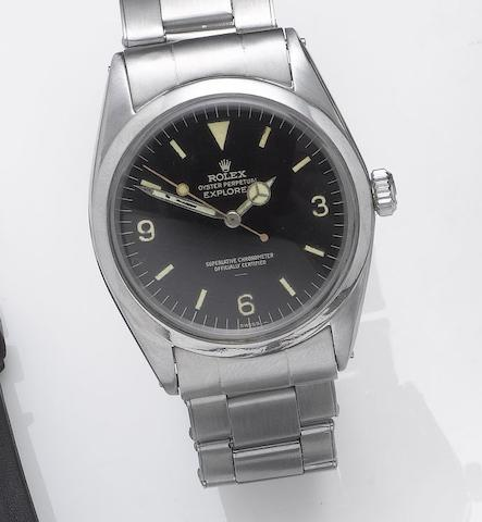 Rolex. A fine automatic stainless steel wristwatch with a stainless steel Rolex Oyster bracelet Explorer, Superlative Chronometer, Officially Certified, Ref:1016, Made in 1963