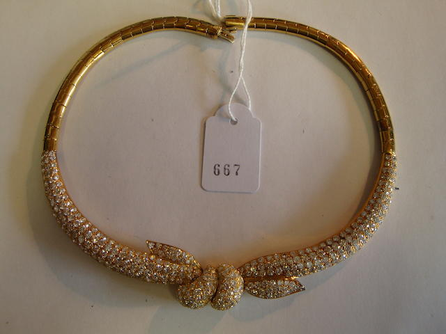 A diamond collar necklace, by David Morris