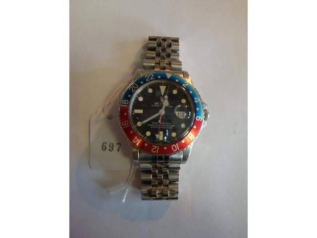 Rolex. A stainless steel bracelet watchGMT Master