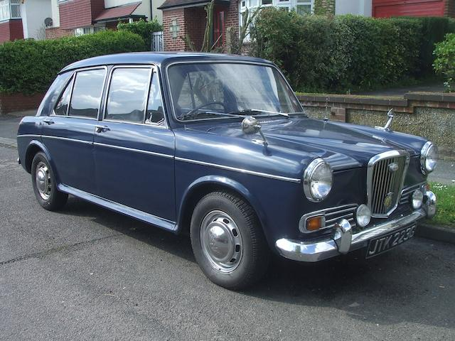 1973 Wolseley 1100 Saloon  Chassis no. WAS117410 Engine no. 12HE48105319