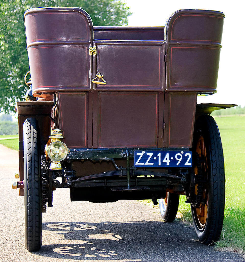 Formerly in the Lips Collection in Holland,1902 Panhard-Levassor Type A 7hp Rear Entrance Tonneau  Chassis no. 5718 Engine no. 5718