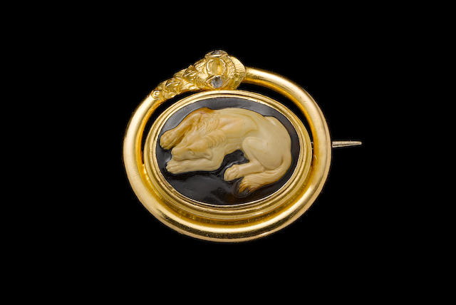 A Roman agate cameo of a dog