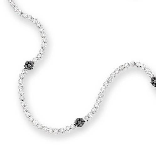 A diamond long chain