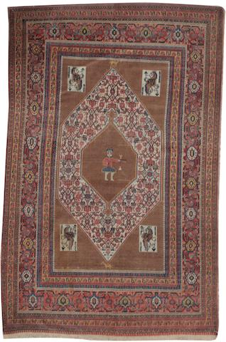 An unusual Senneh rug West Persia, 6 ft 5 in x 4 ft 6 in (195 x 135 cm)