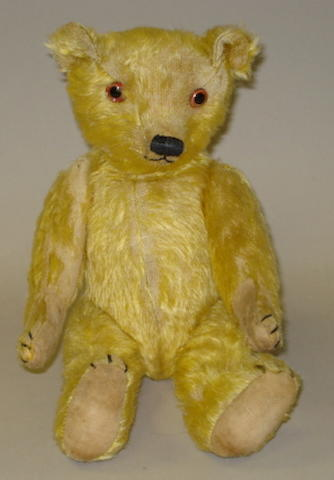 Early English Teddy bear, circa 1920