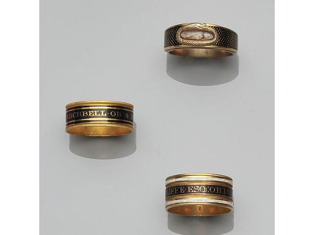 Ten George III memorial rings (10)
