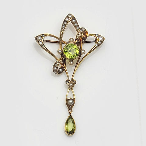 An Edwardian peridot and seed pearl brooch
