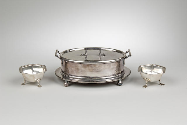 A Dr Christopher Dresser design silver plated butter dish, by Hukin & Heath, stamped 2551,  (4)