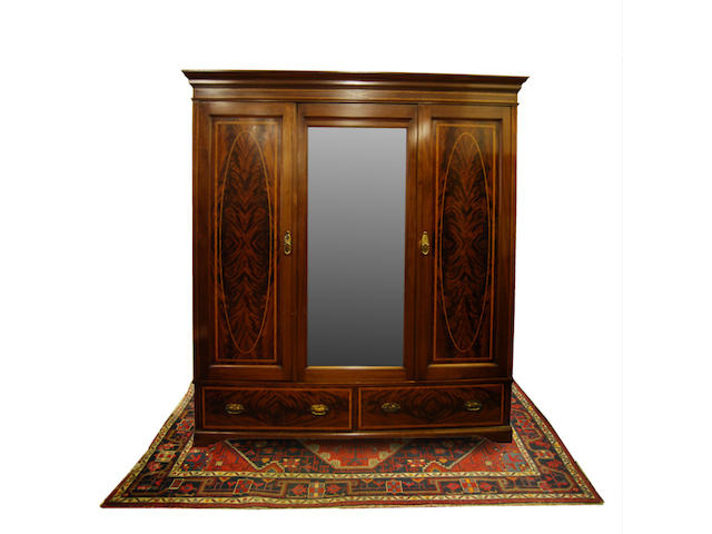 An Edwardian mahogany and satinwood-crossbanded bedroom suite
