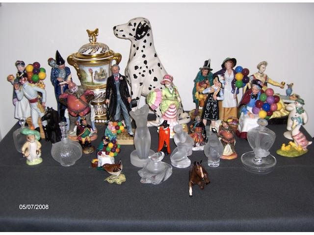 A collection of modern Royal Doulton and other Ltd Edition figures,