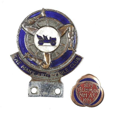 A Manx Automobile Club car badge,