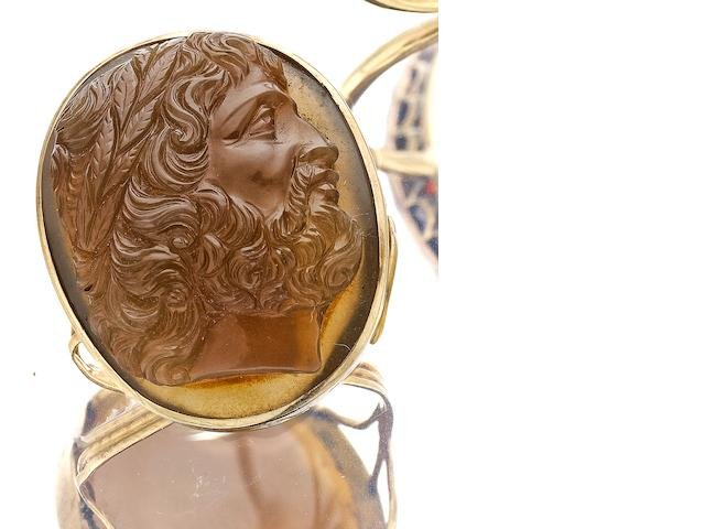 A 19th century hardstone cameo ring