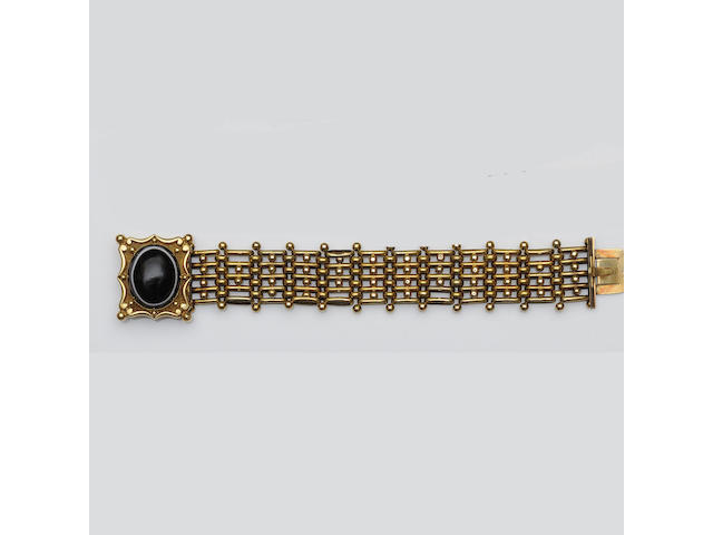 A mid 19th century gold and agate bracelet