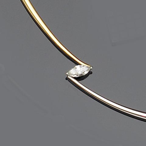 A single stone diamond collar necklace