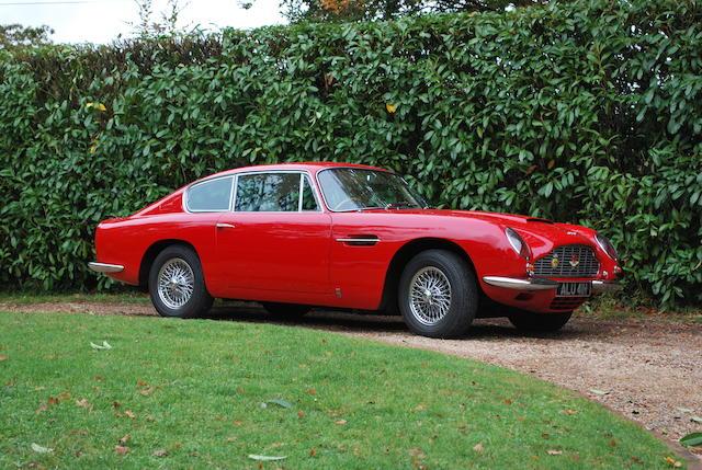 1969 Aston Martin DB6,