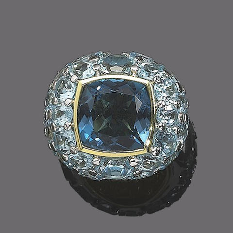 A blue topaz dress ring