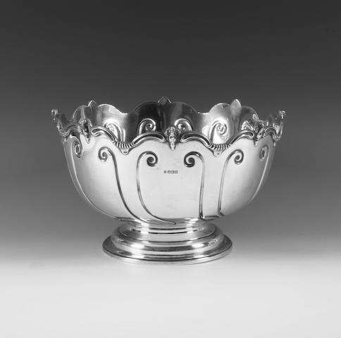 An Edwardian silver punch bowl By Thomas Bradbury and Sons Ltd, Sheffield, 1907,