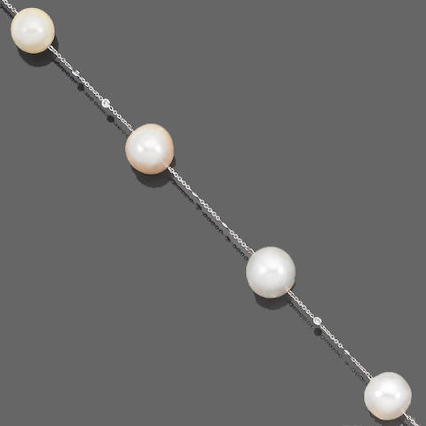 A cultured pearl and diamond longchain