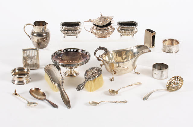 A collection of silver items  (19)
