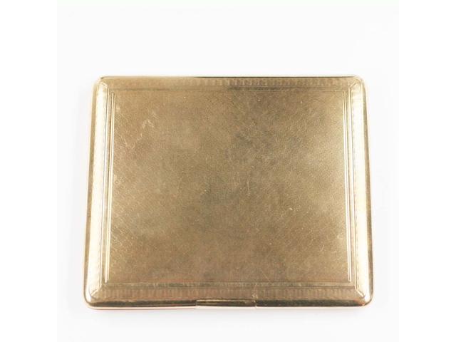 A 15ct gold cigarette case