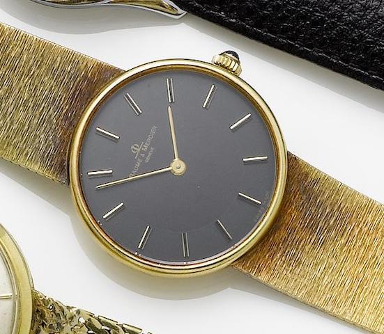 Baume & Mercier. An 18ct gold manual wind bracelet watch
