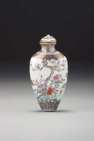 A 'famille-rose' porcelain figural snuff bottle Imperial kilns, Jingdezhen, Jiaqing iron-red seal mark and of the period, 1796–1820
