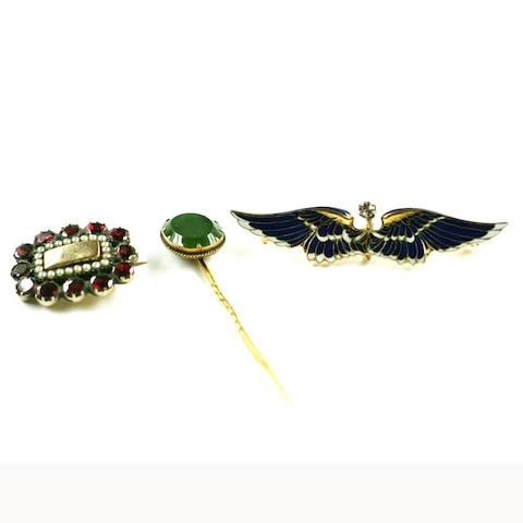 A diamond and enamel wings brooch, (3)