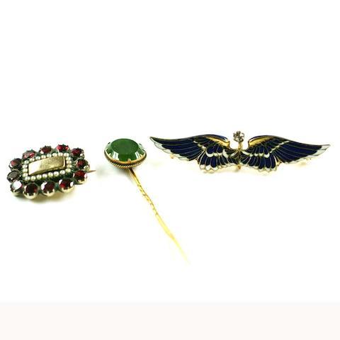 A diamond and enamel wings brooch, (3)