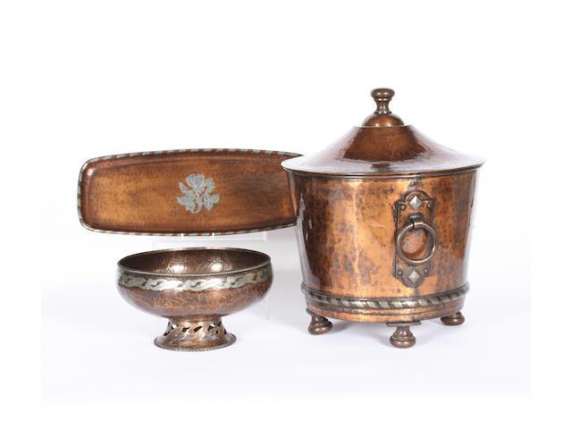 A Hugh Wallis copper coal bin and cover, a similar bowl and tray