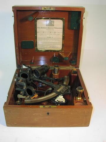 A 6.5in(16.5cm)radius micrometer sextant, 10.5x10x5.5in(27x25.5x14cm)