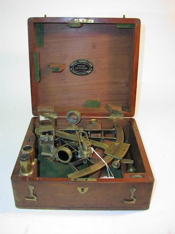 A good 7in(18cm)radius ladder frame sextant, 11x10x5in(28x25.5x13cm)