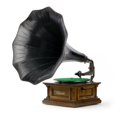 A Senior Monarch horn gramophone, by the Gramophone & Typewriter Ltd., circa 1905,
