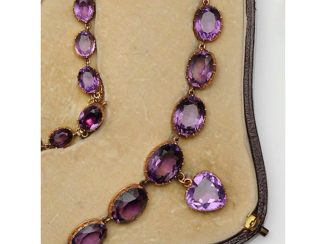 A graduated amethyst rivière necklace