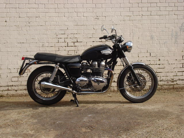 The property of Viscount Linley,2001 Triumph 790cc Bonneville Frame no. SMTTJ900TM1124859 Engine no. 125284