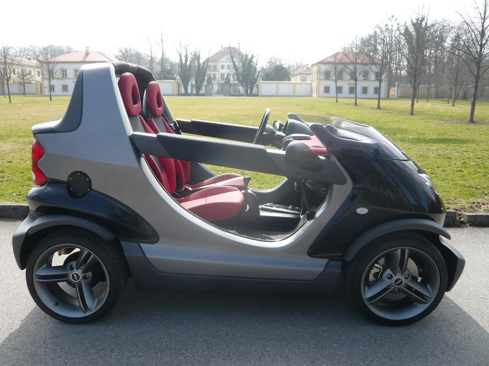 One owner from new,2003 Smart Crossblade Roadster  Chassis no. WME01MC012H043535