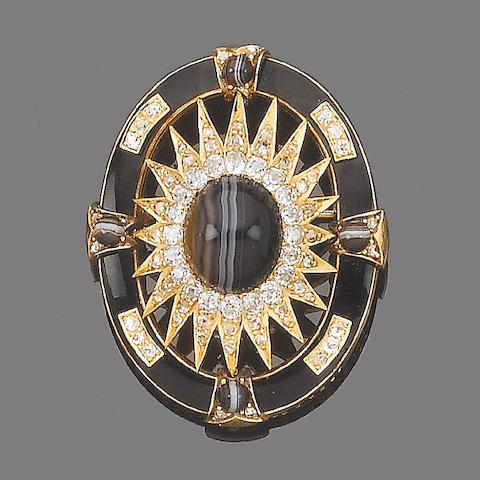 An agate, enamel and diamond memorial brooch/pendant,