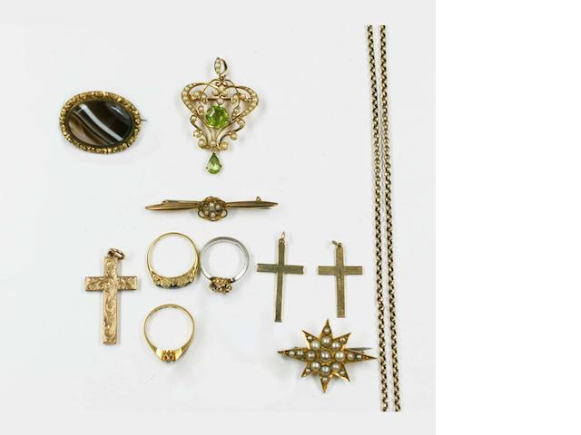 A small collection of mostly antique jewellery
