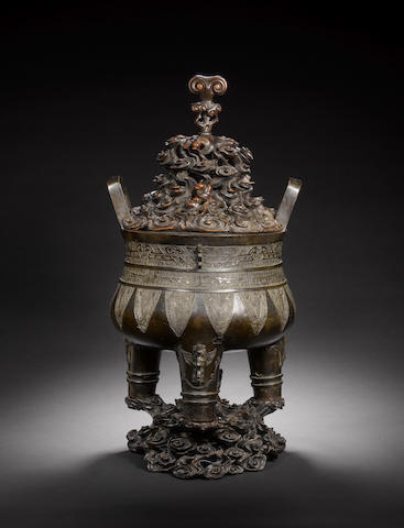 A large archaistic bronze tripod censer, ding  Ming Dynasty