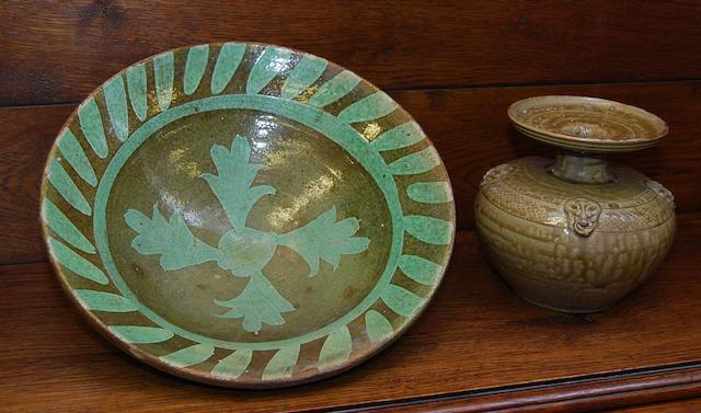 A Chinese stoneware bowl