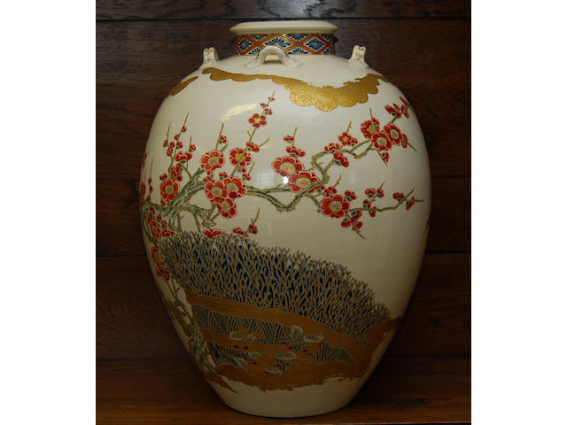 A large Japanese Satsuma vase, early 20th century