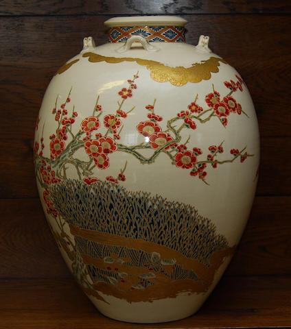 A large Japanese Satsuma vase, early 20th century