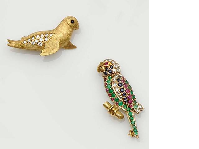 Two novelty gem set brooches (2)